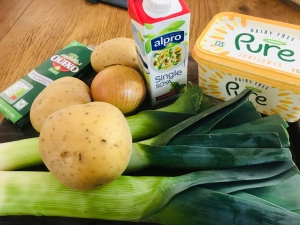 Leek & potato soup ingredients